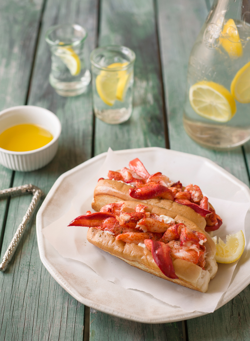 lobster roll on picnic table