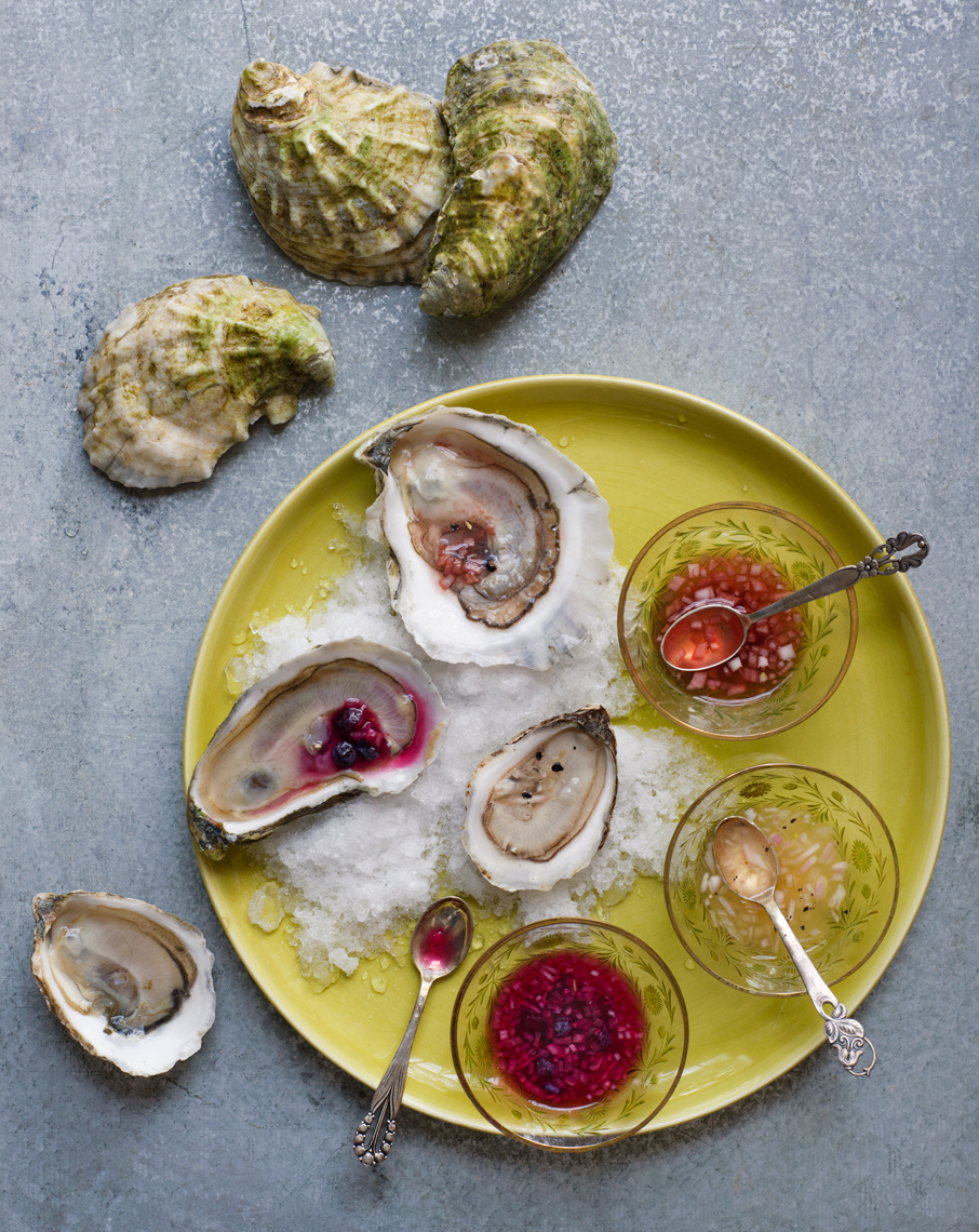 oysters with mignonettes